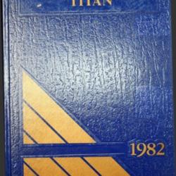 1982 Notre Dame High School.pdf