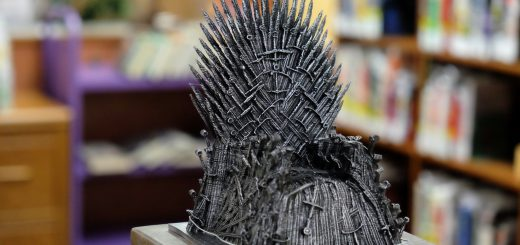 Custom 3D Printed Iron Throne Prize